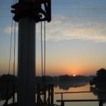 2011-10-14 004 driving pile 1 pier 3 sunrise